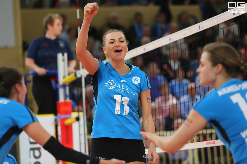 Nach einer Knieverletzung muss Kosova ihre aktive Karriere beenden.