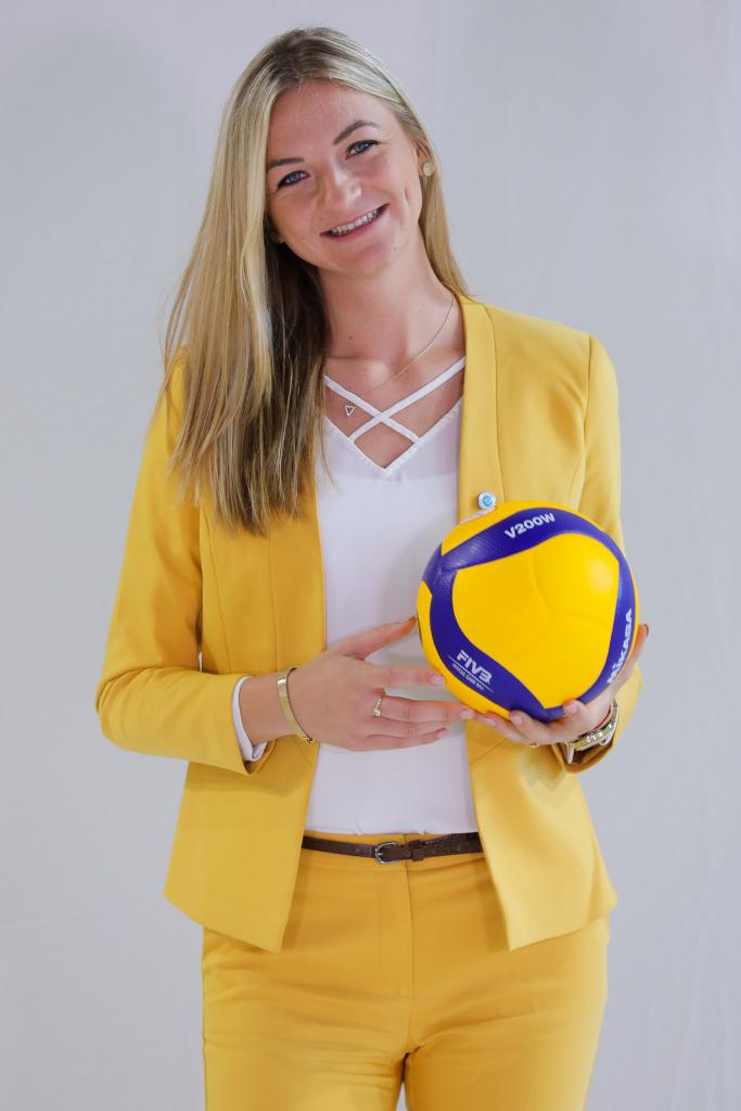Simona Kosova verfolgt ihre Karriere machender Karriere